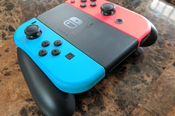 Nintendo Switch Joy-Con Controllers and Grip